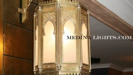 Brass Applique - Moroccan Lighting, Moroccan Lanterns, Moroccan Lamps, Moroccan Chandeliers