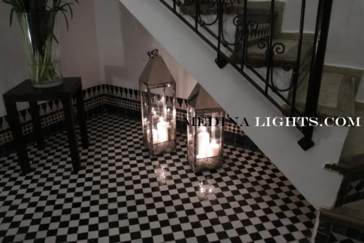 Glass Lamp 27